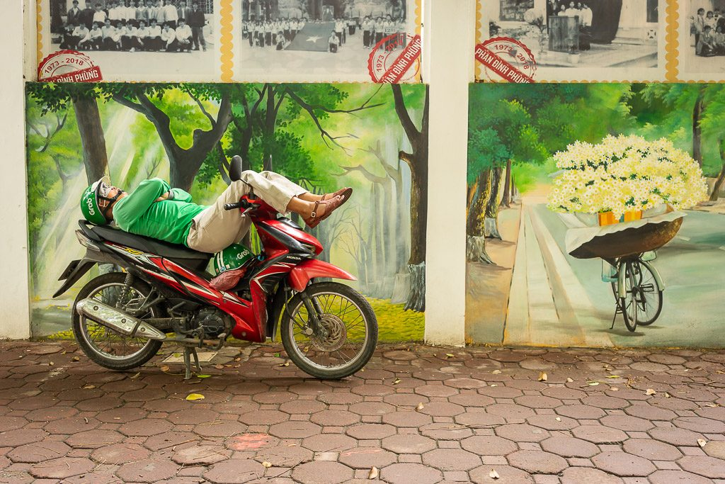 Sleeping - bike - motorbike - shadow - street - Hanoi - Vietnam - Street Photography - CreArtPhoto