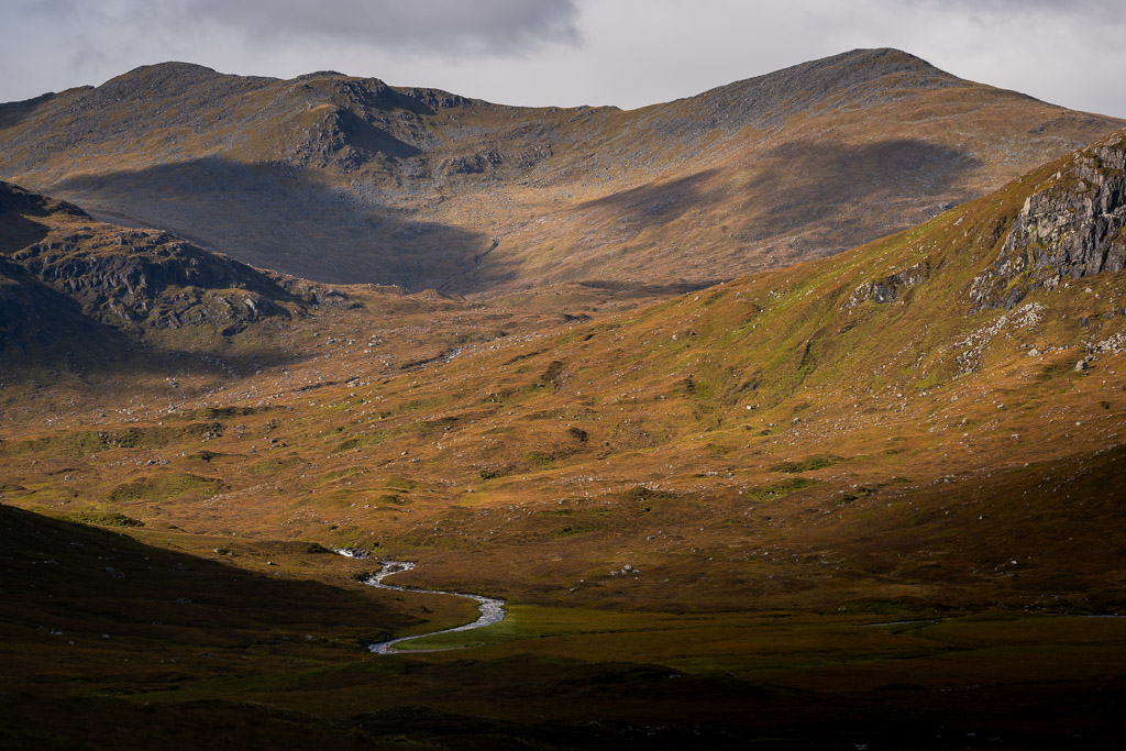 Harris- Scotland - landscape photography - CreArtPhoto - Scotland Photography Trip - mountains - river - shadows - autumn - cloudy - romanian photographer