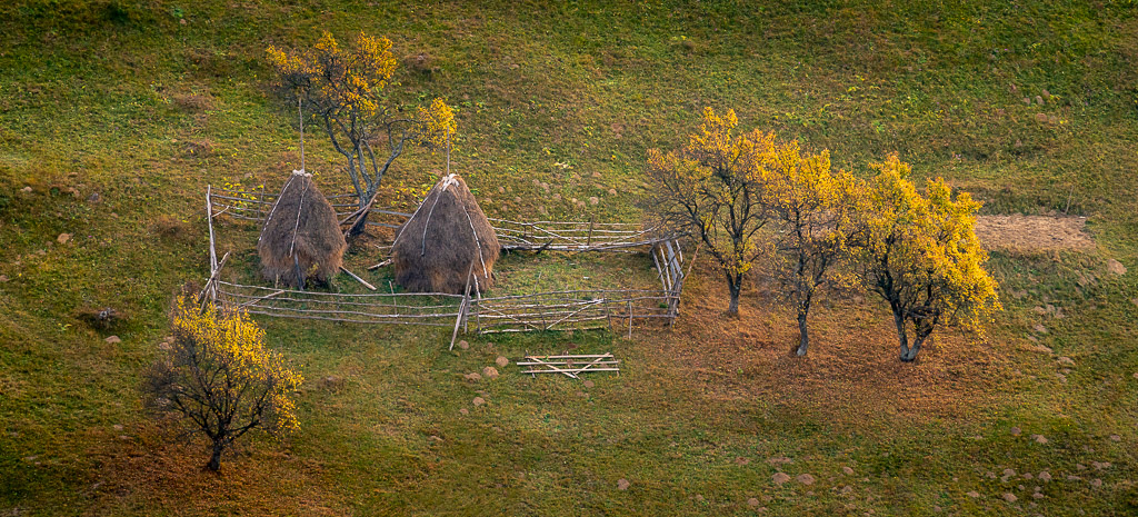Freedom in photography - Autumn - Romania - Foliage - country side - landscape photographer - photography - romanian photographers - CreArtPhoto