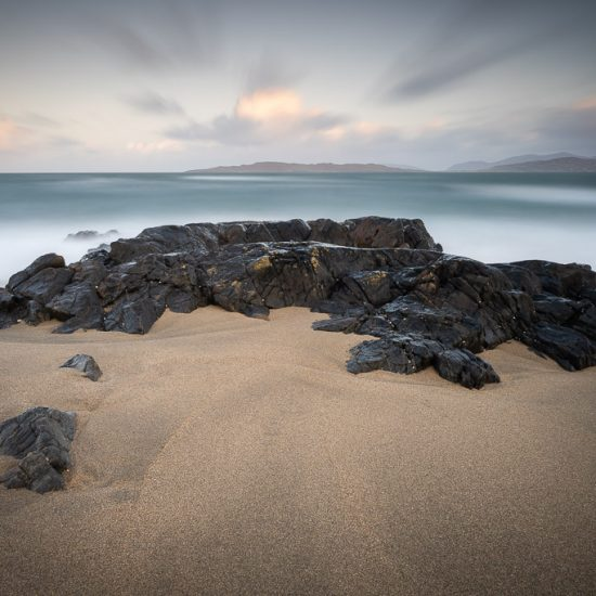 rock - beach - sea - island - movement - Harris - CreArtPhoto - landscape photography - travel photography - CreArtPhoto
